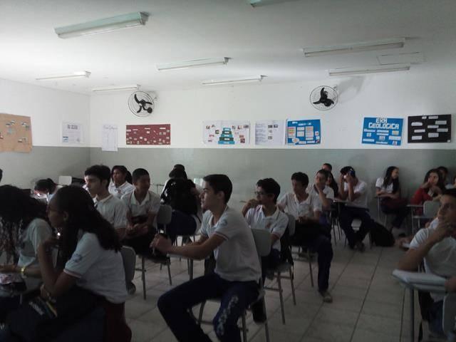 Cuidados com a água. Escola de Aplicação Vande de Souza Ferreira. Petrolina-PE. 06-05-2016 (3)