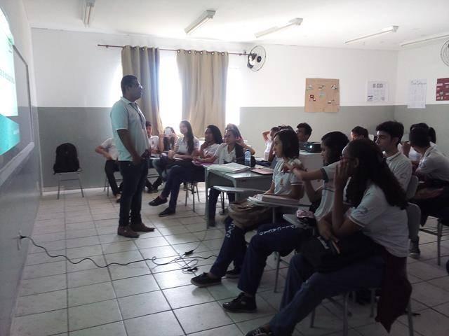 Cuidados com a água. Escola de Aplicação Vande de Souza Ferreira. Petrolina-PE. 06-05-2016 (4)