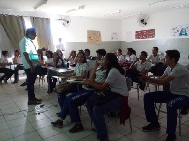 Cuidados com a água. Escola de Aplicação Vande de Souza Ferreira. Petrolina-PE. 06-05-2016 (5)