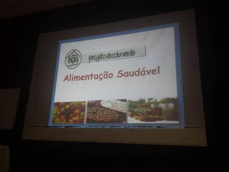 Atividade sobre alimentação saudável - Colégio Modelo Luís Eduardo Magalhães - Juazeiro-BA - 15.09.15