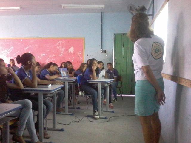 Cuidados e presevação das abelhas. Escola Antonilio de França Cardoso. Juazeiro-BA. 10-06- (11)