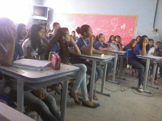 Cuidados e presevação das abelhas. Escola Antonilio de França Cardoso. Juazeiro-BA. 10-06- (12)