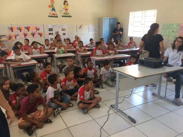 Cuidados com os recursos hídricos. Escola Joca de Souza Oliveira. Juazeiro-BA. 02-06-2016 (6)
