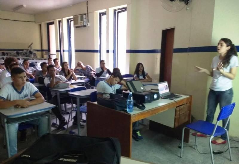 Atividades de Saúde Ambiental. Escola João Barracão. Petrolina-PE. 01/06/2017.