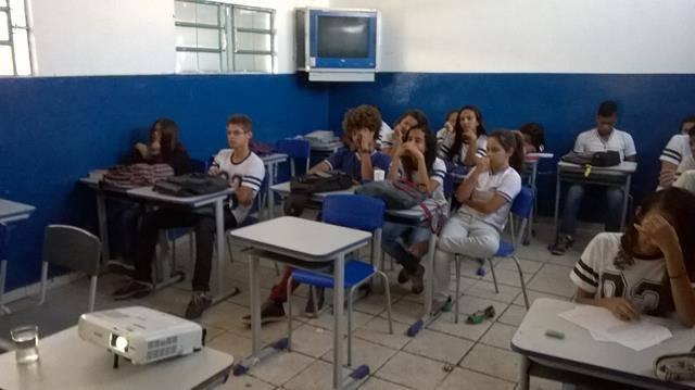 Atividade sobre Energias Renováveis. Escola Cecilio Matos. Juazeiro-BA. 26-04-2016 (4)
