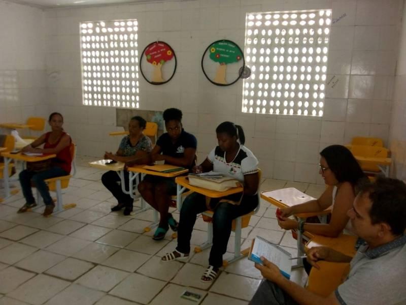 Atividade Ambiental. Colégio Estadual Texeira de Freitas. Senhor do Bonfim-BA. 04/04/2019.