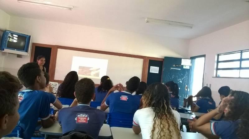 Atividade sobre compostagem e horta sustentável - Colégio Estadual Agostinho Muniz - Juazeiro-BA - 22.10.15