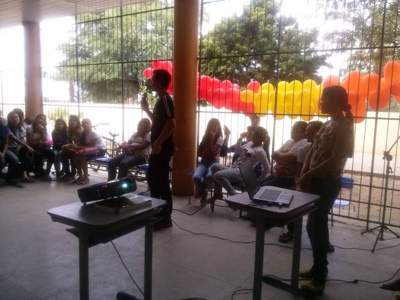 PEV na Feira de Ciências - Escola Dom Malan - Petrolina-PE - 16.09.15