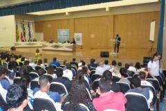 Estudantes e professores debatem com candidatos a prefeito de Juazeiro-BA