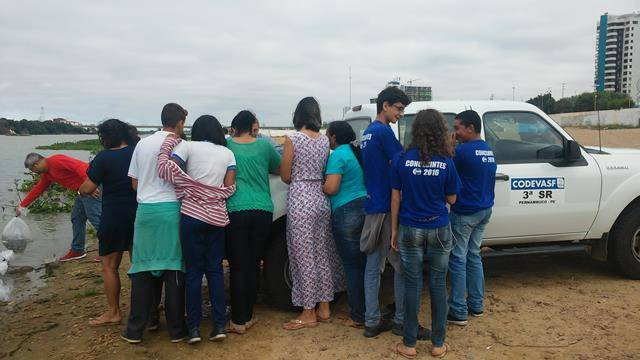 Peixamento do Rio São Francisco. Escolas Dom Malan e Moyses Barbosa. Petrolina-PE. 03-06-2016 (1)