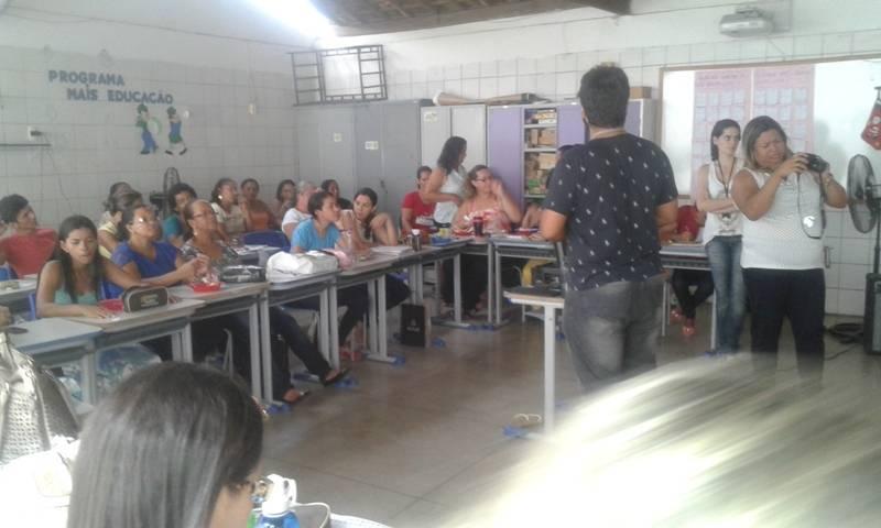 Atividade de ambientalização - Escola Municipal Prof. Anézio Leão - Petrolina-PE - 27.11.15