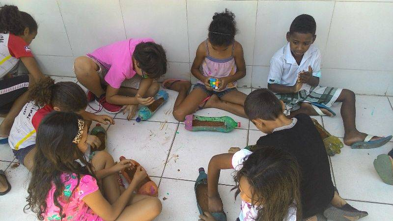 Atividade de implantação da horta sustentável - Colégio Agostinho Muniz - Juazeiro-BA - 21.11.15