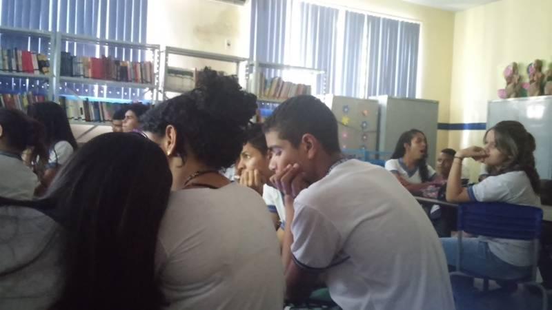 Atividade sobre compostagem - Escola Estadual Dom Malan - Petrolina-PE - 27.08.15