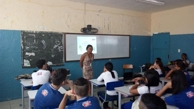Atividades de Horta Escolar Agroecológica. Colégio Rotary Clube. Juazeiro-BA. 10-08-2016 (2)