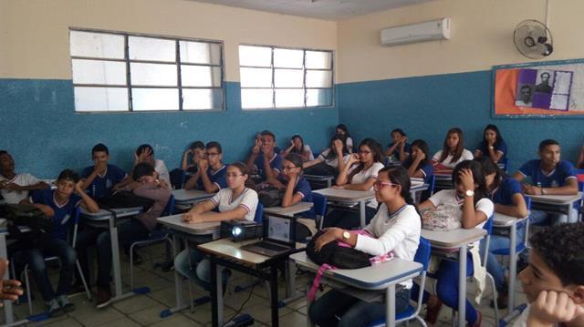 Atividades de Horta Escolar Agroecológica. Colégio Rotary Clube. Juazeiro-BA. 10-08-2016 (3)