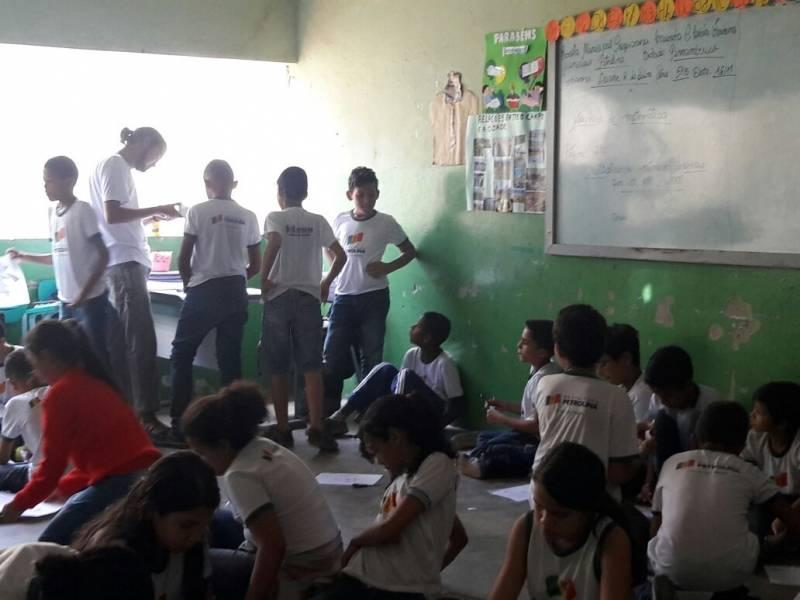 Matemática Ambiental apresenta nova forma de ensino. Petrolina, PE (16.11)