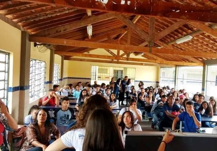Atividades sobre Descarte de Medicamentos. Escola Gercino Coelho. Petrolina-PE. 07/12/2018.
