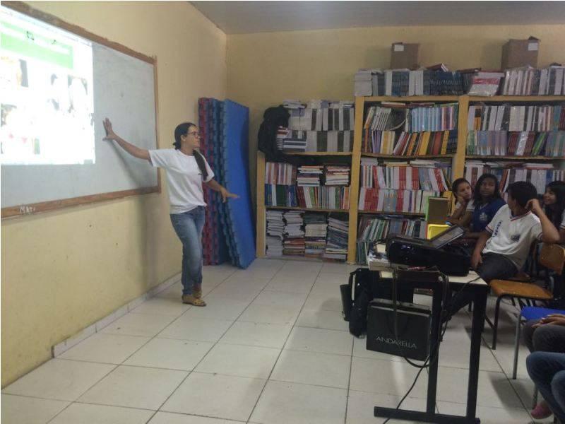 Atividade sobre coleta seletiva - Colégio Antonílio França Cardoso - Juazeiro-BA - 07.11.15