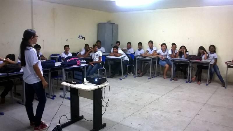 Atividade sobre coleta seletiva -  Escola Joao Batista - Petrolina-PE - 28.10.15