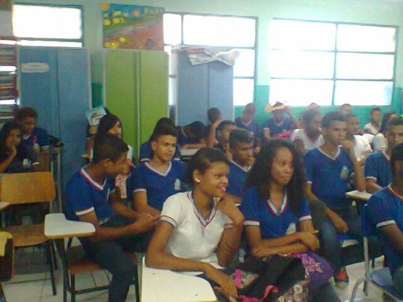 Atividade sobre coleta seletiva - Escola Pedro Raimundo Rêgo - Juazeiro-BA - 05.11.15
