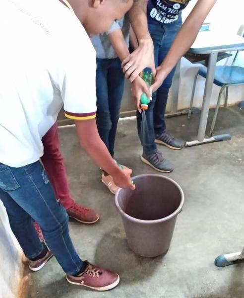 Atividade Reciclagem.  U. E. em Tempo Integral Joaquim Horácio de Ribeiro. São Raimundo Nonato-PI. 13/08/2019.