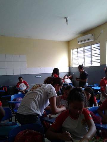 Oficina de Reciclagem. Escola Argemiro José da Cruz. Juazeiro-BA. 30-08-2016