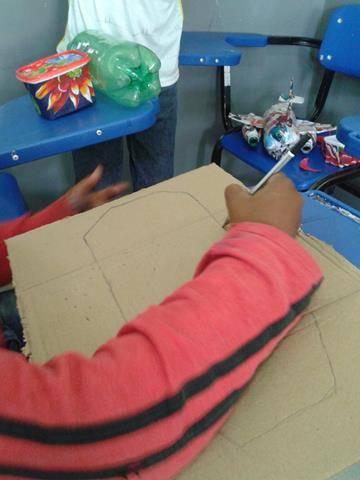 Oficina de Reciclagem. Escola Argemiro José da Cruz. Juazeiro-BA. 02-08-2016