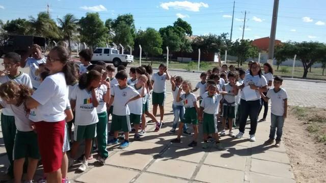 Visita ao Parque Zoobotânico - Escola São Domingos Sávio - Petrolina-PE - 16.03.16