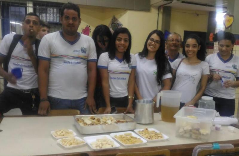 Atividades sobre Plantas Medicinais. Escola João Barracão. Petrolina-PE. 24/08/2017.