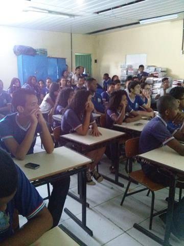 Plantas medicinais. Escola Antonilia de França Cardoso. Juazeiro-BA. 05-04-2016