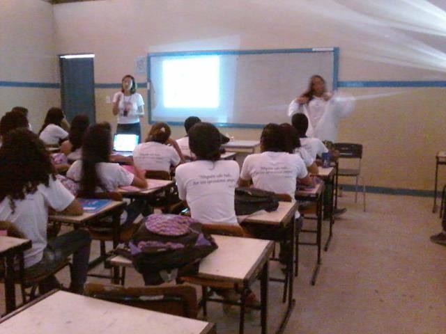 Cuidados e preservação das abelhas. Escola Juthay Magalhães. Juazeiro-BA. 16-06-2016