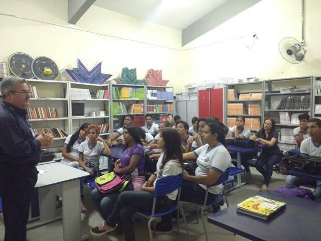 Ambientalização. Escola Antonio Cassimiro. Petrolina-PE. 03-06-2016