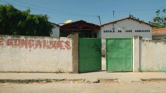 Atividades de Ambientalização. Escola Municipal Dr José Gonçalves. Senhor do Bonfim-BA. 17-08-2016