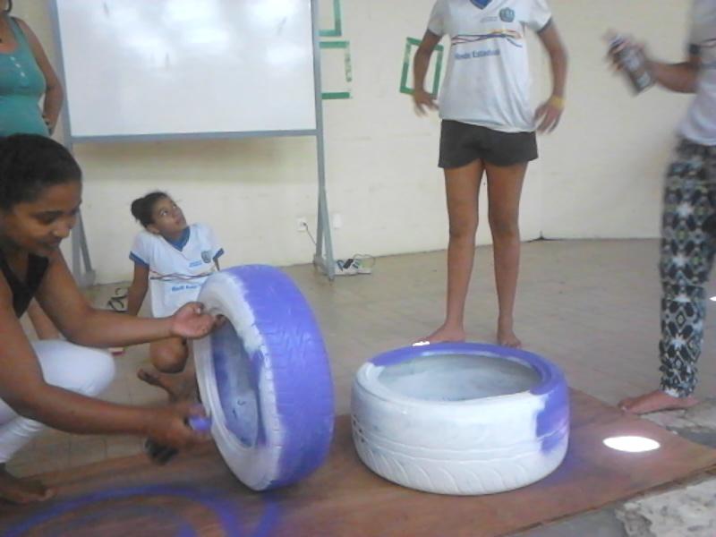 Atividade de jardinagem - Escola Estadual Eduardo Coelho - Petrolina-PE - 03.09.15