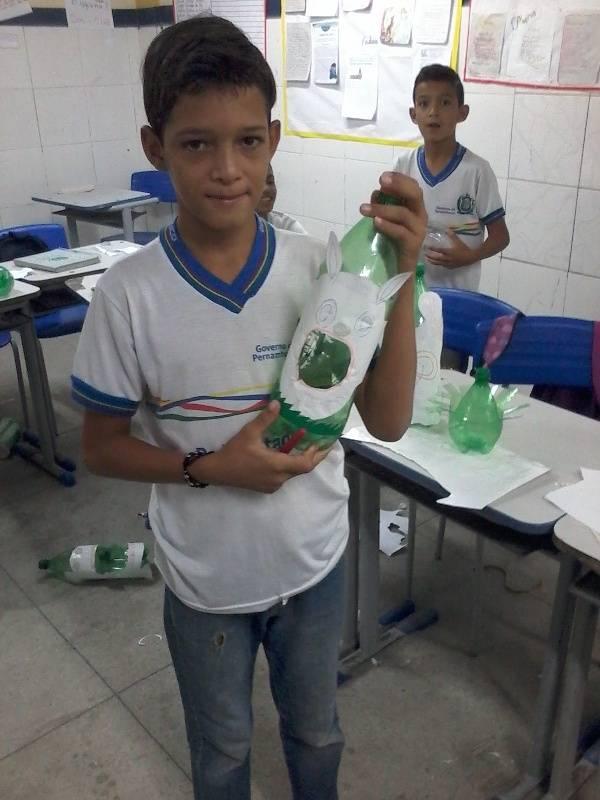 Oficina de reciclagem - Escola Joaquim André Cavalcanti - Petrolina-PE - 31.08.15