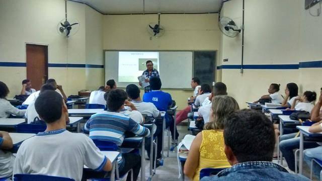 Saúde Ambiental - Cuidados com os Agrotóxicos. Escola Pe Luiz Cassiano. Petrolina-PE. 01-06-2016