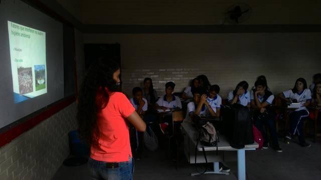 Saúde Ambiental. Doenças Sexualmente Trasmissíveis. Escola Clementino Coelho. Petrolina-PE. 14/04/2016.