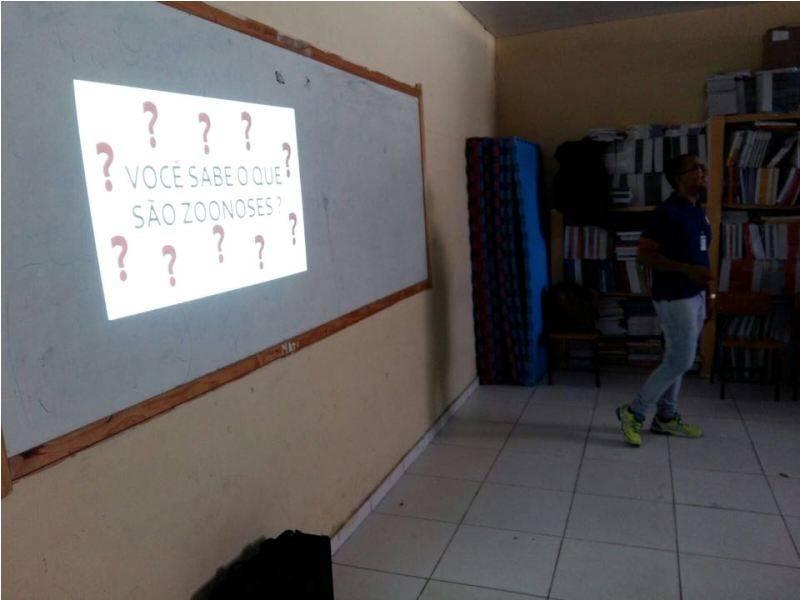 Atividade sobre zoonoses - Escola Antonílio da França Cardoso - Juazeiro-BA - 07.11.15