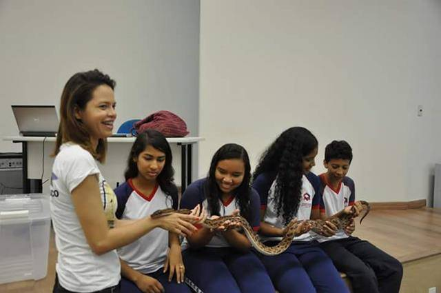 Visita tecnica ao Cemafauna. Escola Modelo Luis Eduardo Magalhaes. Juazeiro-BA. 14-04-2016 (19)