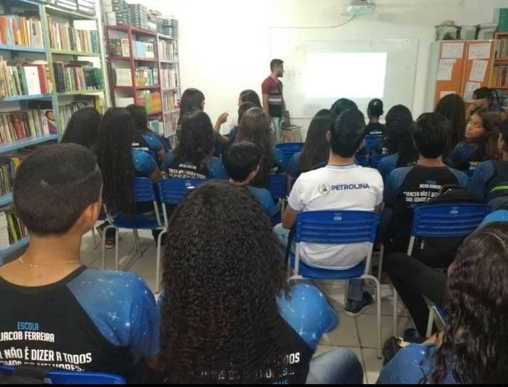 Atividade Saúde Ambiental. Escola Municipal Jacob Ferreira. Petrolina-PE. 20/11/2019.