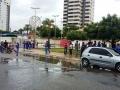Soltura de peixes ocorreu com 300 alunos do CPM na orla de Petrolina. Evento foi no sábado (24/03).