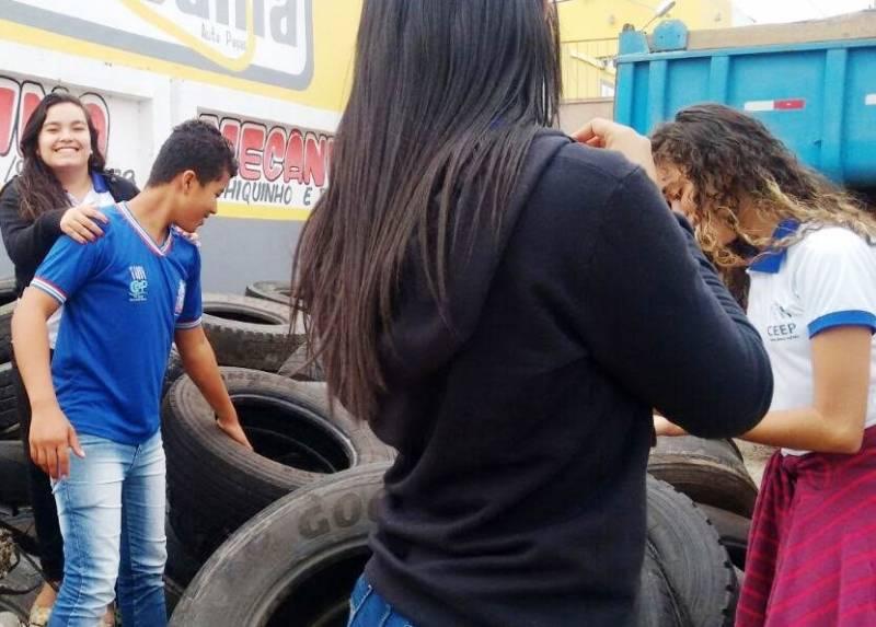 Atividades de Coleta Seletiva. Colégio Democrático Tancredo Neves. Senhor do Bonfim (BA). 01/06/2017.