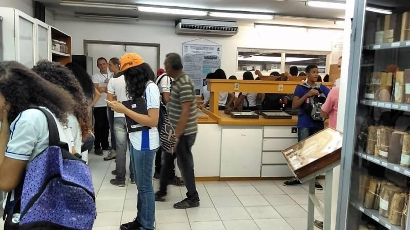 18339004_Visita Técnica à Embrapa/Semiárido. Escola Juthay Magalhães. Juazeiro-BA. 03/05/2017._643060602_o