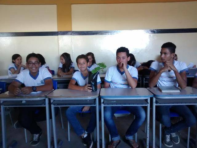 Atividades de Arborização. Escola Joaquim André. Petrolina-PE. 23-11-2016