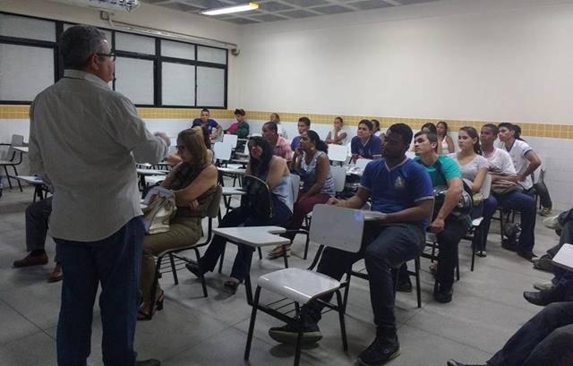 Atividades sobre recursos hídricos. Escola Rui Barbosa. Juazeiro-BA. 04-10-2016