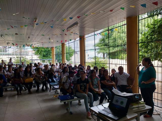 Atividades sobre recursos hídricos. Escola Dom Malan. Petrolina-PE. 22-06-2016