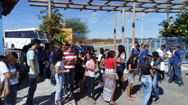 Visita Técnica ao Cemafauna. Escola Antonilio da França Cardos. Juazeiro-BA. 02-06-2016 (2)