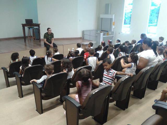 Visita Técnica - CEMAFAUNA. Escola Mariá Viana Tanuri. Juazeiro-BA. 12-07-2016