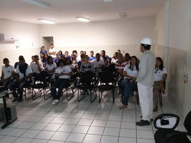 Visita Técnica - Usina da Chesf-Sobradinho. Escola Artur Oliveira. Juazeiro-BA. 14-07-2016 (6)