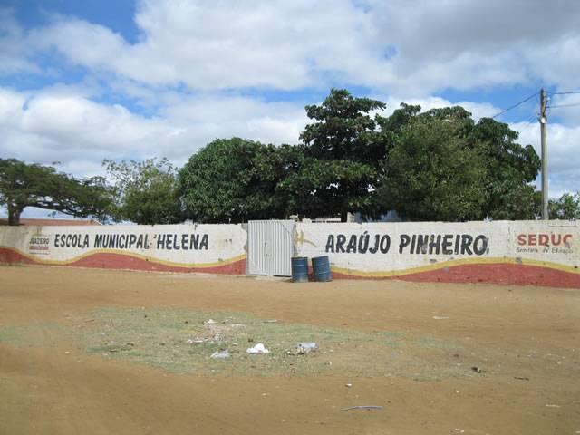 Escola Profª Helena Araújo